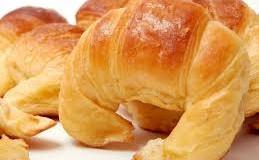 Medialunas croissants